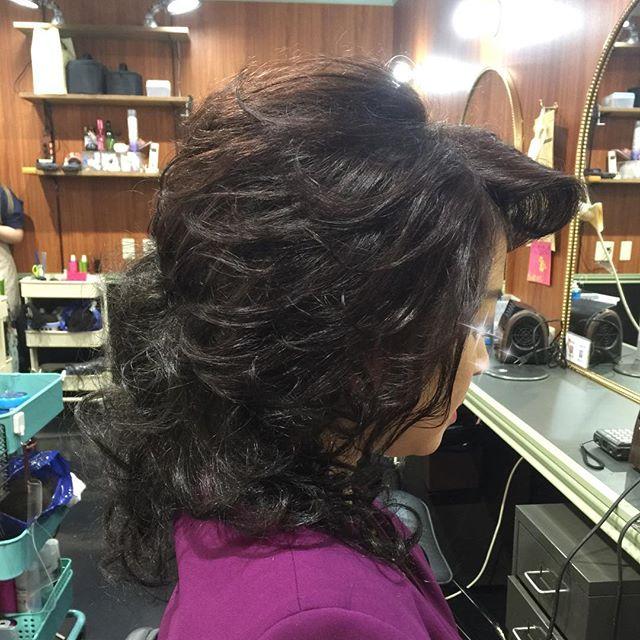 髪の長さが短いお客様です。ショートボブの長さでも、付け毛でこんなにも自然な感じに仕上がります。#付け毛#自然#違和感ない#化繊#セクシー#ショート#ダウン#外人風#ダウンスタイル#洋風#セット専門#セット美容室#銀座#並木通り#スター - from Instagram