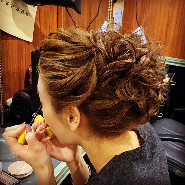 外国人さん風の、とても、素敵な、お客様です。要望画像からの、アレンジヘアーです。 #美容室 #銀座 #銀座クラブ#銀座セット#スーツ#着付け#銀座ホステス#ヘアメイク#外国人風ヘア#ヘアセットサロン#setsalon#ヘアスタイル #クラブ#キャバ嬢 #美容 #hairstyles#bridalhair#スタッフ募集 #下目シニヨン #銀座美容室#外国人風カラー #高級クラブ#hairmake#美容師#ホステス#ヘアセット#ルーズアップ#サロモ#銀座セットサロン#ツイストアレンジ - from Instagram