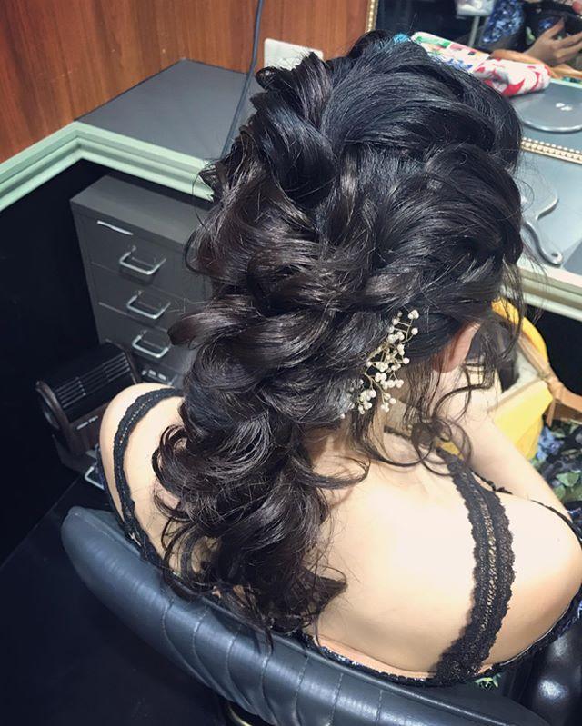 ツイストのまとめ髪本日もご来店ありがとうございました#銀座美容室 #銀座セットサロン #銀座#ginza #hairstyle #hairstyles #hairarrange#セットサロン #美容室#ホステス#銀座ホステス#まとめ髪#ツイストアレンジ#アレンジヘア #アレンジヘアー #ドレス#髪飾り #お客様#スタッフ募集#スタッフ募集中 - from Instagram