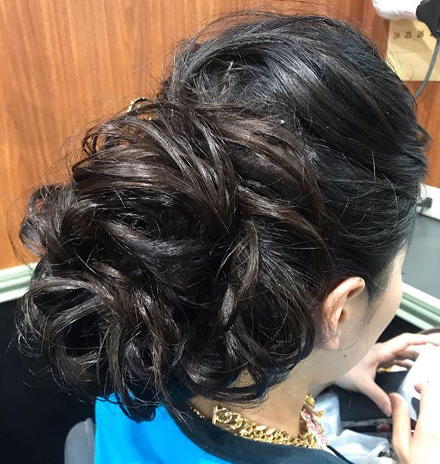 ボリュームたっぷりのカールアップ#銀座#銀座セットサロン#銀座ヘアセット #銀座美容室#美容室#ginza #並木通り #銀座ホステス#ホステス#hair #hairstyles #hairstyle #ヘアアレンジ #アレンジヘアー #ドレスアップ #ドレスヘア #結婚式お呼ばれ #結婚式ヘアアレンジ #お客様 - from Instagram