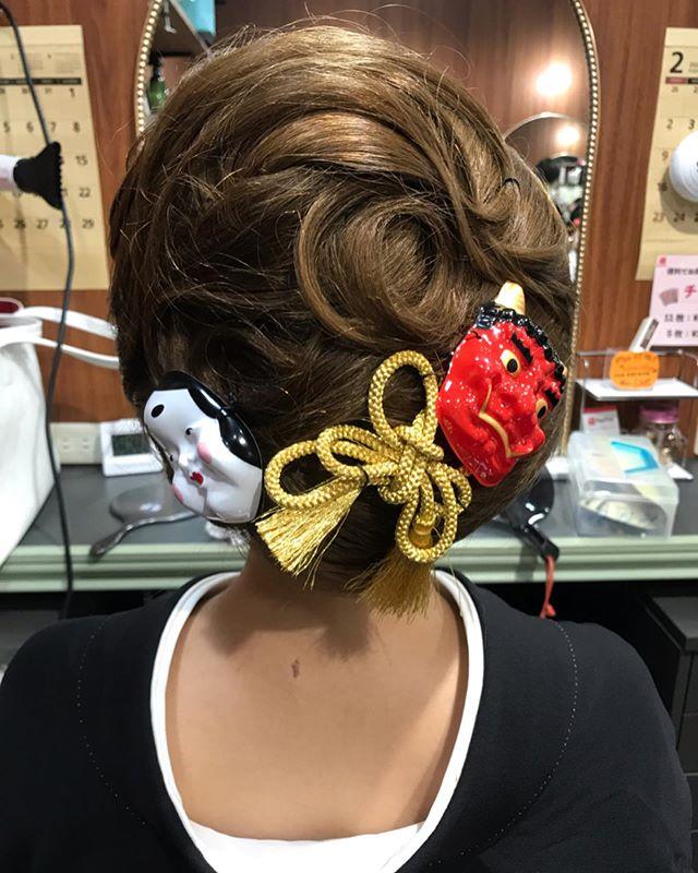 節分の可愛い髪飾り 遊び心があって、おしゃれで素敵なお客様いつもご来店ありがとうございます#銀座#銀座ヘアセット#銀座美容室#美容室#ginza#銀座セットサロン#セットサロン#hairstyle #hairstyles #hair #hairarrange #hairaccessories #銀座ホステス#ホステス#並木通り#和装ヘア #和装 #着物#着物ヘア#和髪#和髪アレンジ #かんざし#簪#お客様#スター美容室 - from Instagram